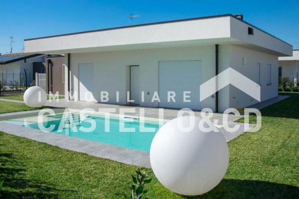 Villa in Barcuzzi con Vista Lago!