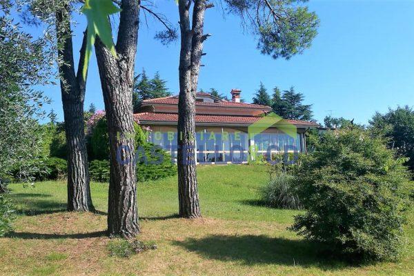 Villa singola con Vista Lago